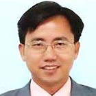photo of Prof. Huang, Ray